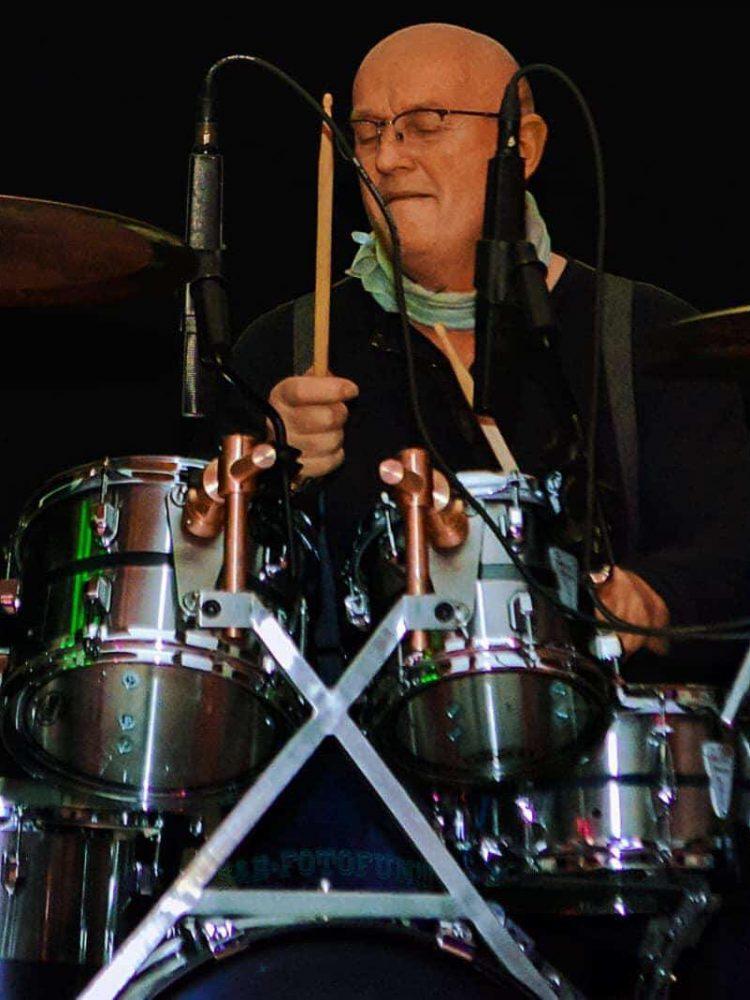 Martin Prioth am Schlagzeug